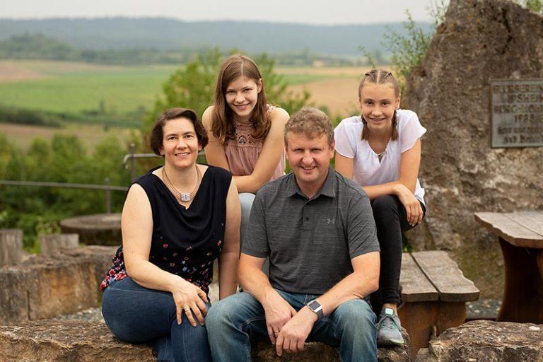 Winzerfamilie Schönleben im Weinberg bei Ipsheim